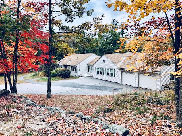 CENTER HARBOR NH Home for sale $299,900