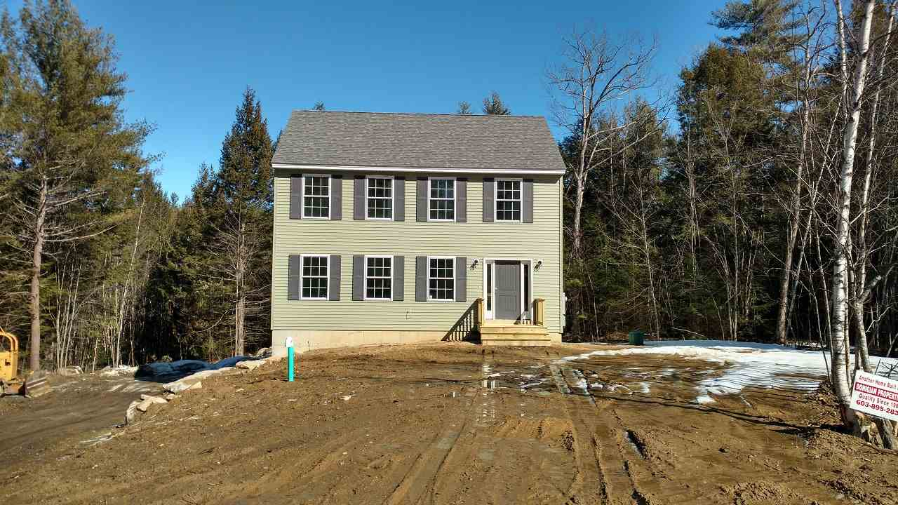 Photo of 33 Chestnut Drive Allenstown NH 03275