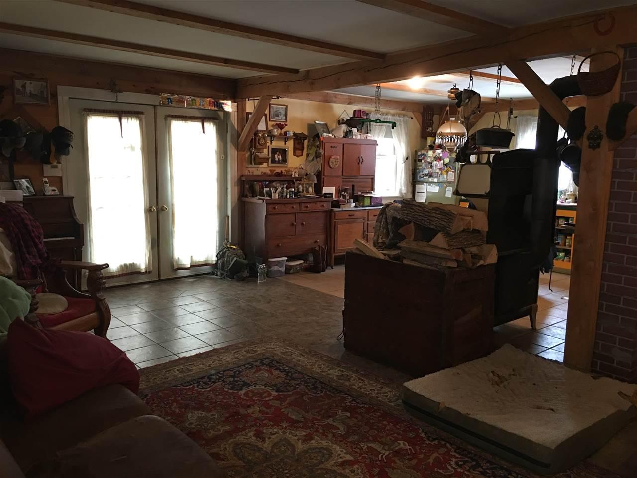 upstairs bedroom 11520556