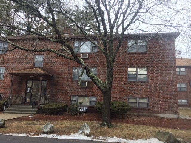 Salem NHCondo for sale $List Price is $121,500