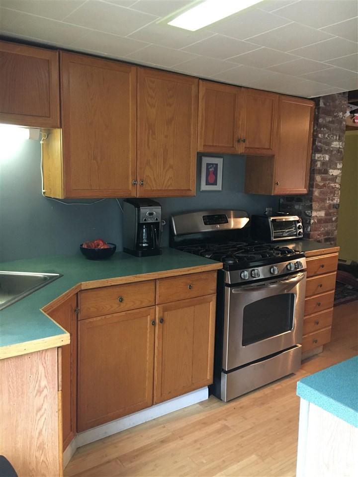 NEW HAMPTON NH Home for sale $184,000