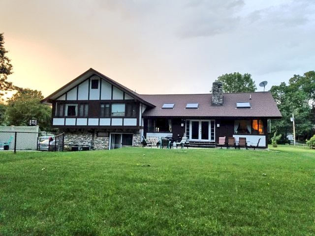 Plaistow NHHome for sale $List Price is $414,900