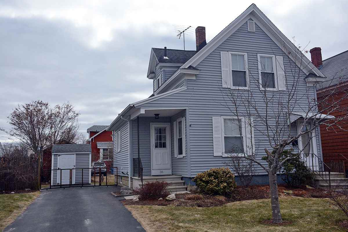 MANCHESTER NH Home for sale $$224,900 | $190 per sq.ft.