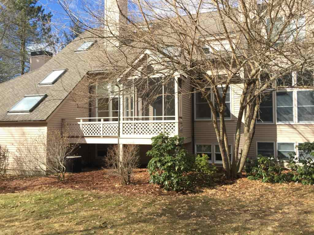 Nashua NH Condo for sale $List Price is $325,000