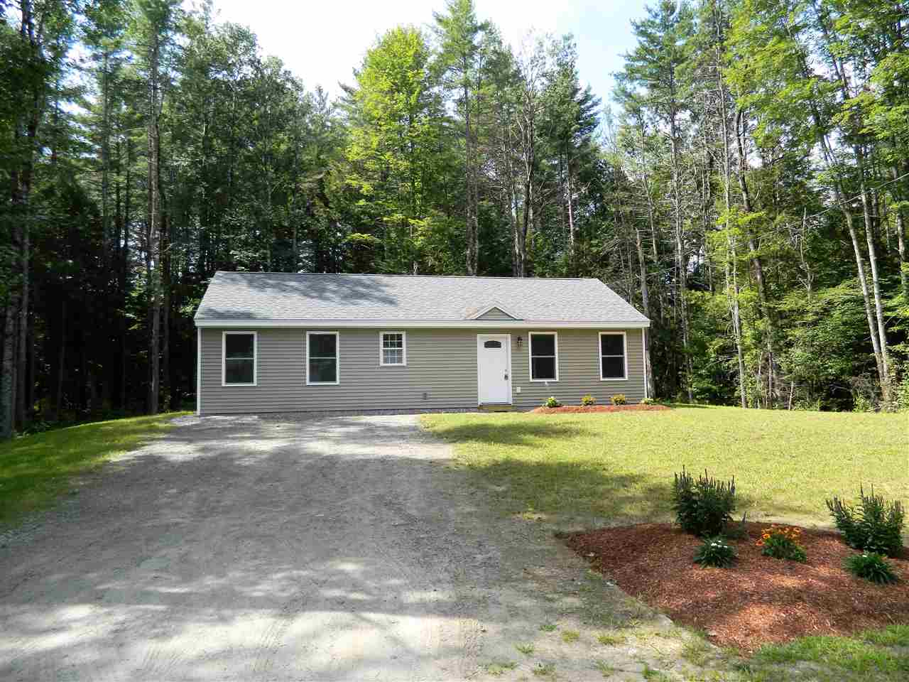 BRIDGEWATER NH Home for sale $214,900