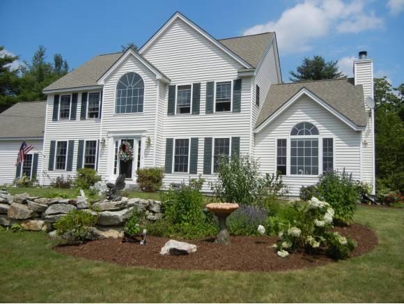 New Boston NHHome for sale $List Price is $409,900