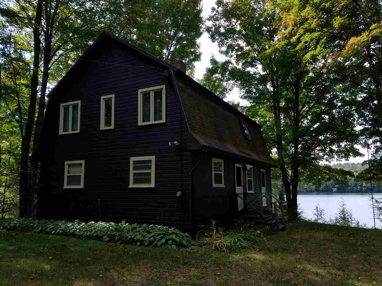 ENFIELD NH Lake House for sale $$329,000 | $202 per sq.ft.
