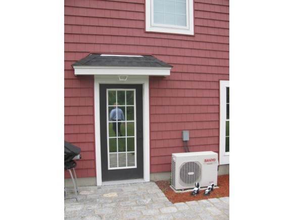 DERRY NH Apartment for rent $Apartment For Lease: $1,600 with Lease Term