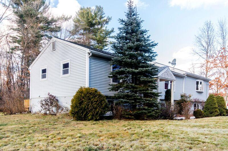 Windham NH Home for sale $List Price is $369,000