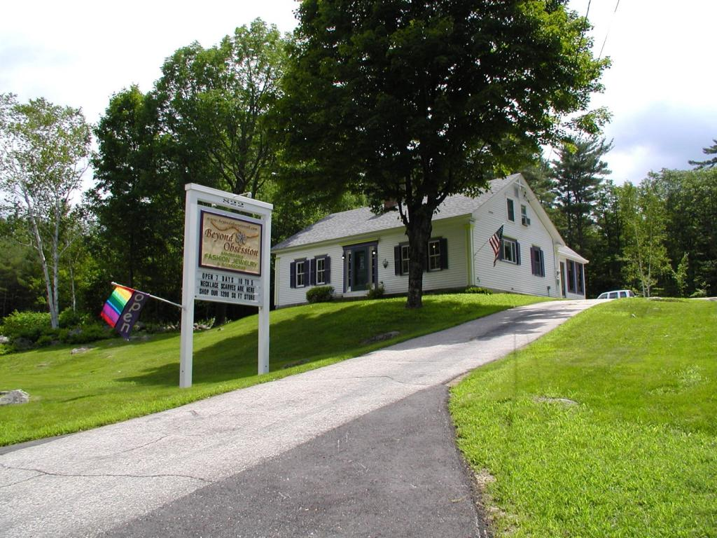 MOULTONBOROUGH NH Commercial Listing for sale