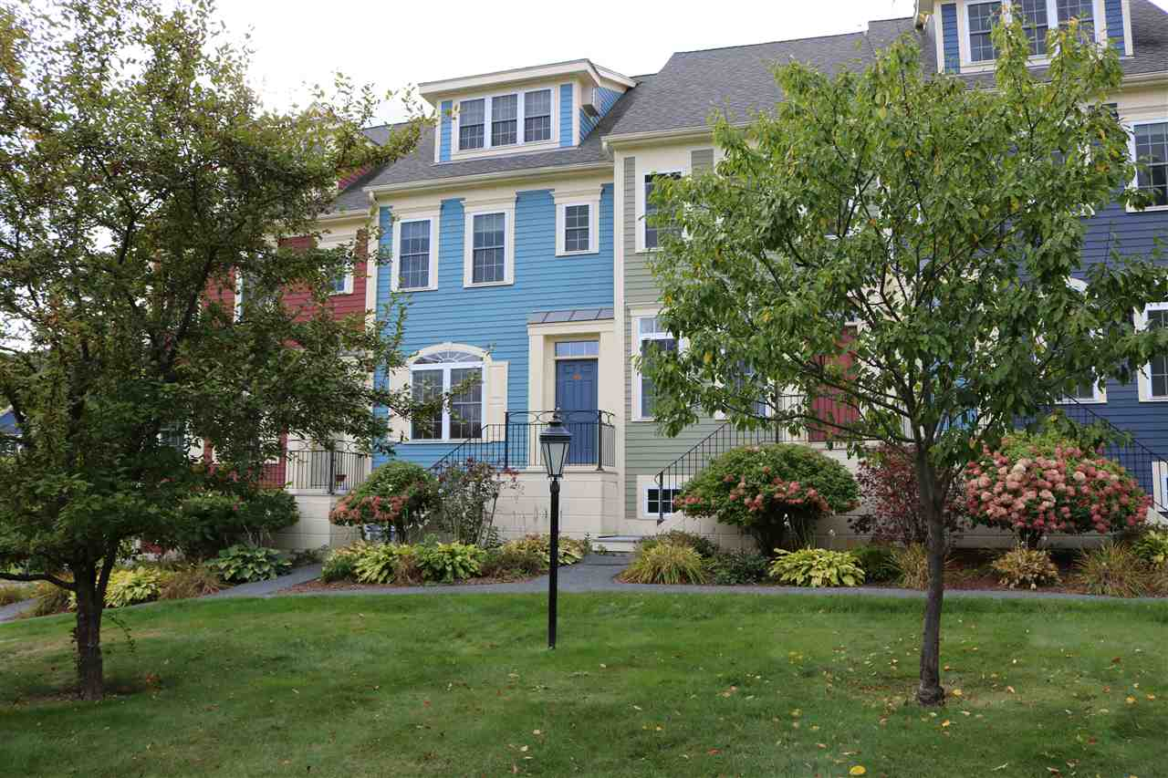 HARTFORD VT Condo for sale $$285,000 | $167 per sq.ft.