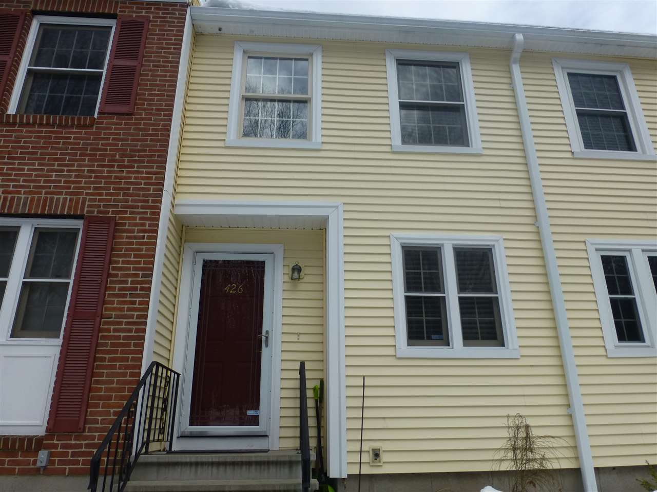 Manchester NH Condo for sale $List Price is $172,000