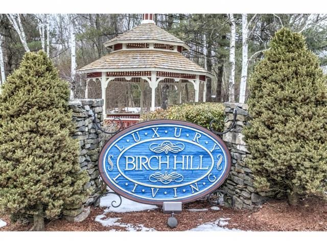 Windham NH Condo for sale $List Price is $265,000