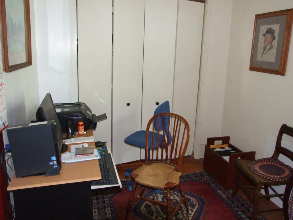 Office nook 11552180