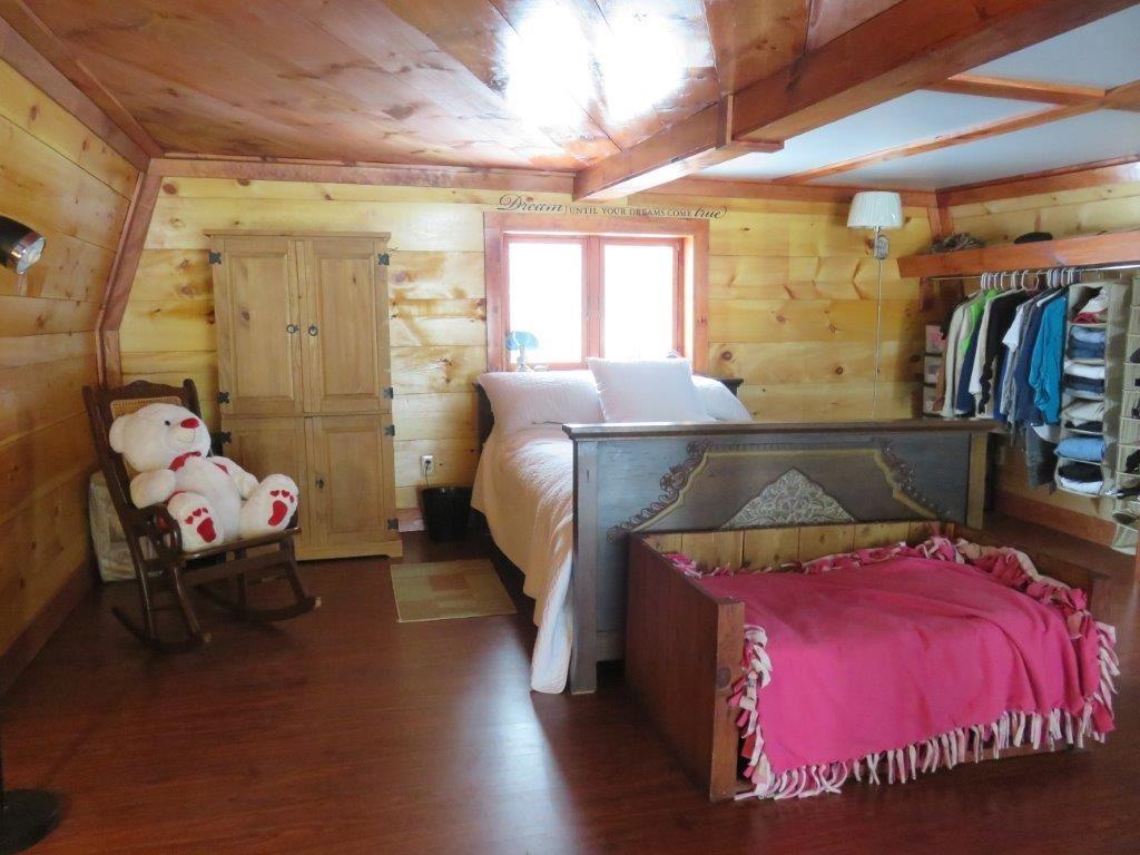 Master Bedroom 11554205
