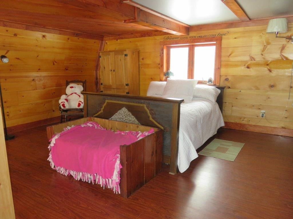 Master Bedroom 11554206
