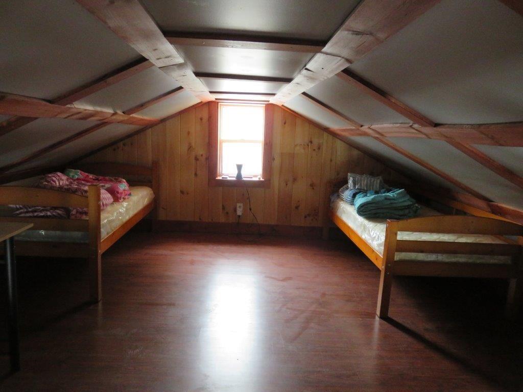 Upper Loft 11554210
