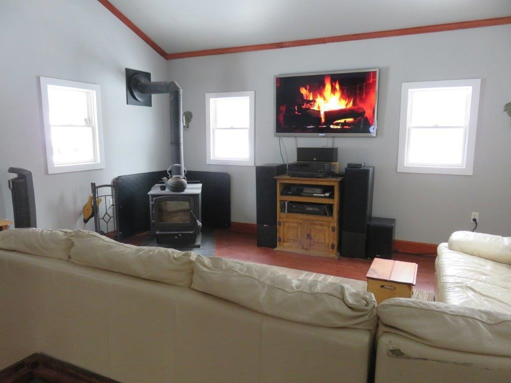 Woodstove is included 11554187