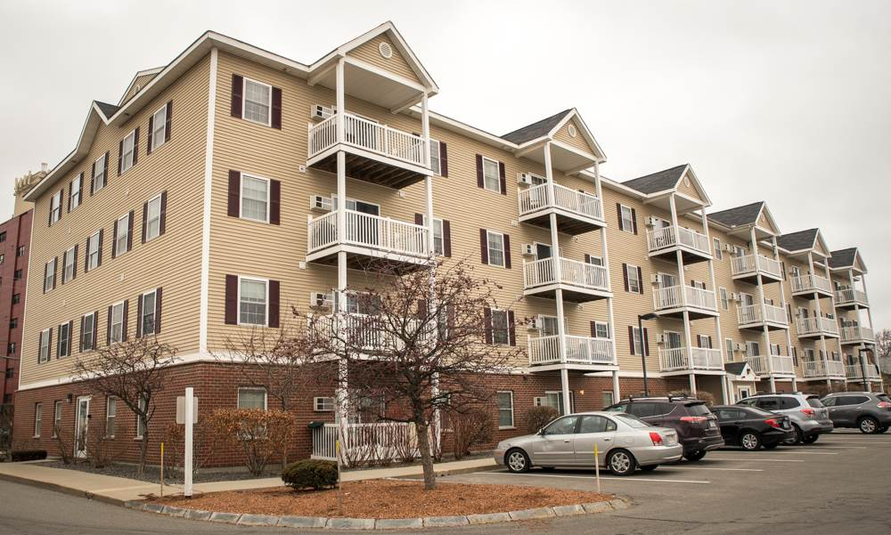 Nashua NH Condo for sale $List Price is $134,900