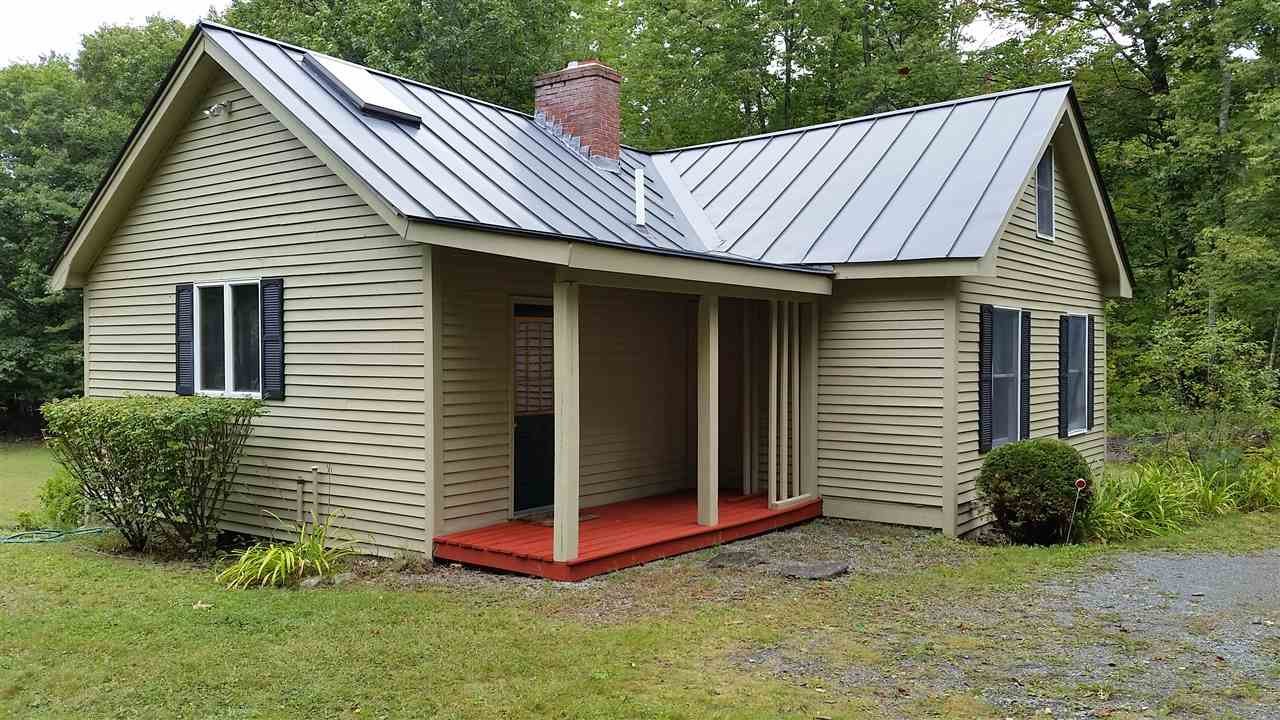 ENFIELD NH Home for sale $$239,900 | $273 per sq.ft.