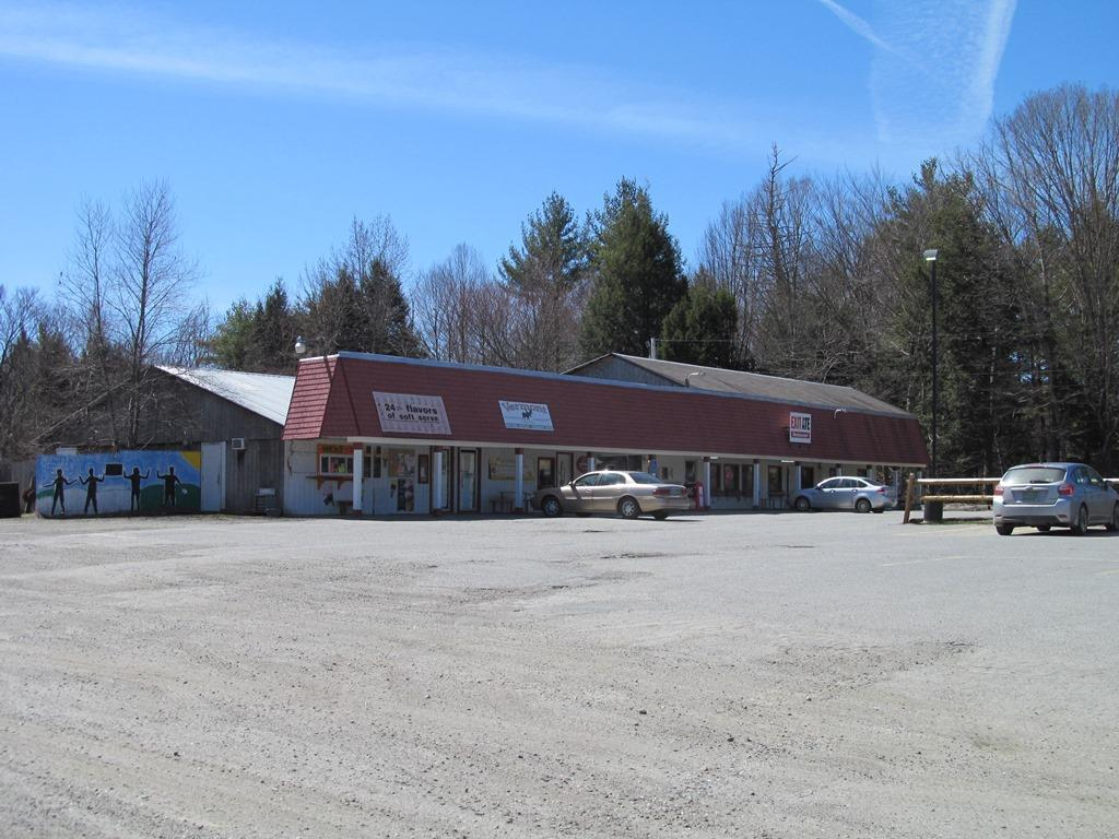 WEATHERSFIELD VTCommercial Property for sale $$395,000 | $59 per sq.ft.
