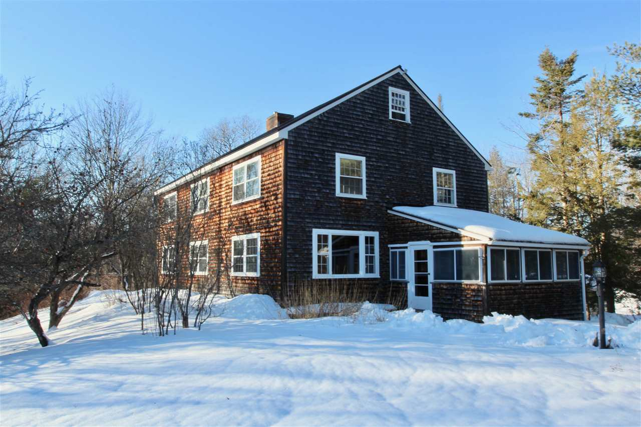 DORCHESTER NH Home for sale $$239,000 | $76 per sq.ft.