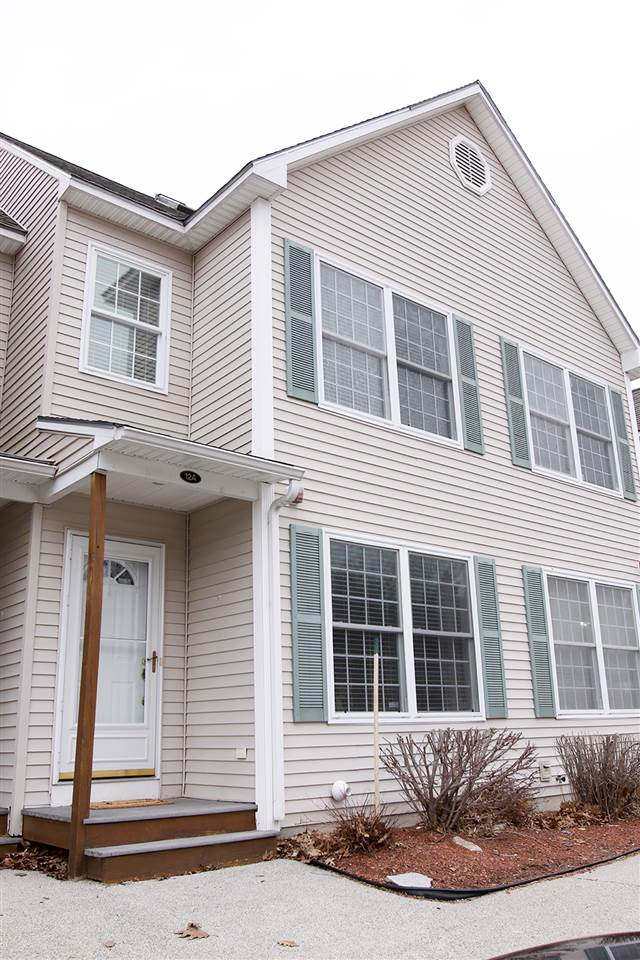 Hudson NH Condo for sale $List Price is $234,900