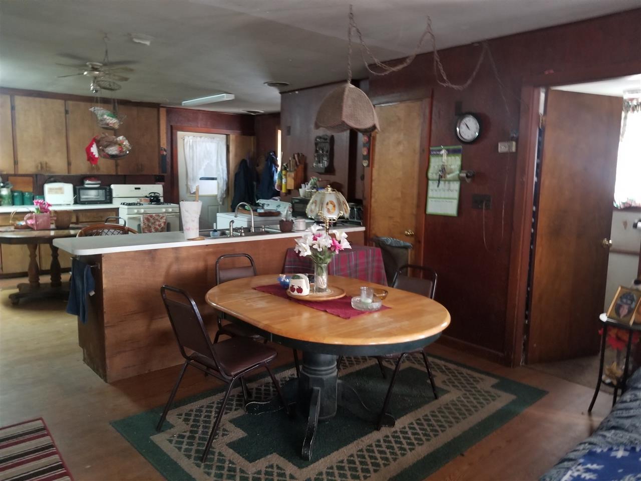 dining room 11567660