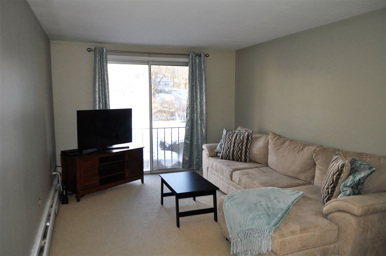 image of Derry NH Condo | sq.ft. 572