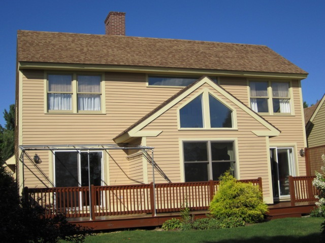 NEW LONDON NH Home for sale $$345,000 | $169 per sq.ft.