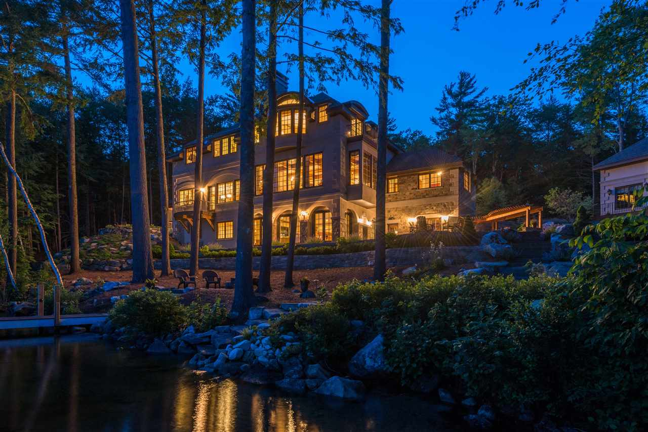 SUNAPEE NH Lake House for sale $$7,995,000 | $1,209 per sq.ft.
