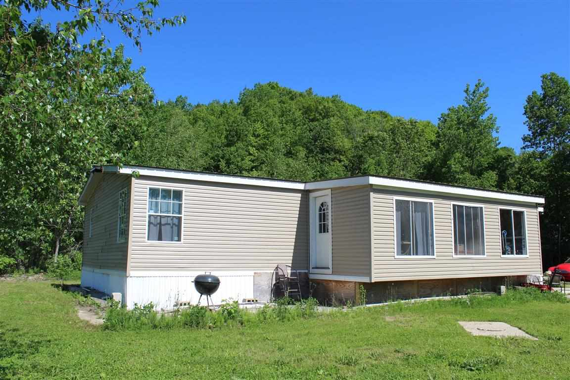 CHARLESTOWN NH Mobile-Manufacured Home for sale $$135,000 | $89 per sq.ft.