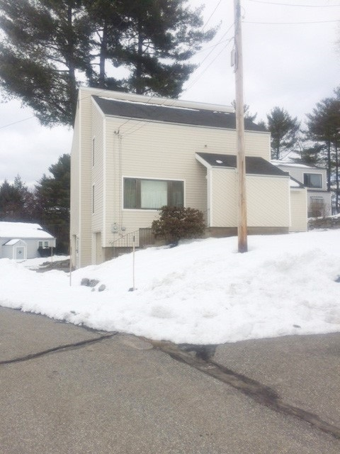 Nashua NH Condo for sale $List Price is $295,000