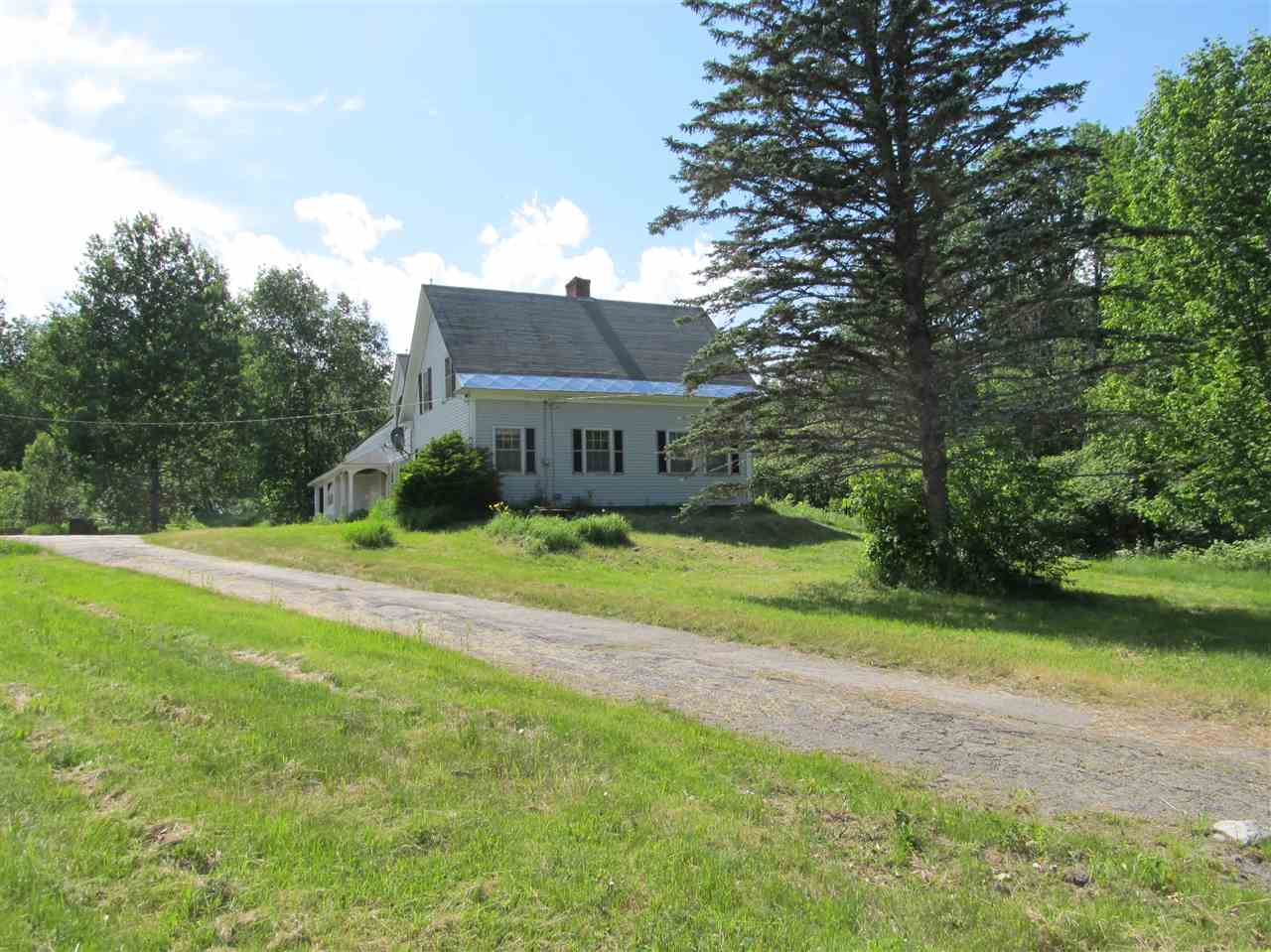 DORCHESTER NH Lake House for sale $$245,000 | $80 per sq.ft.