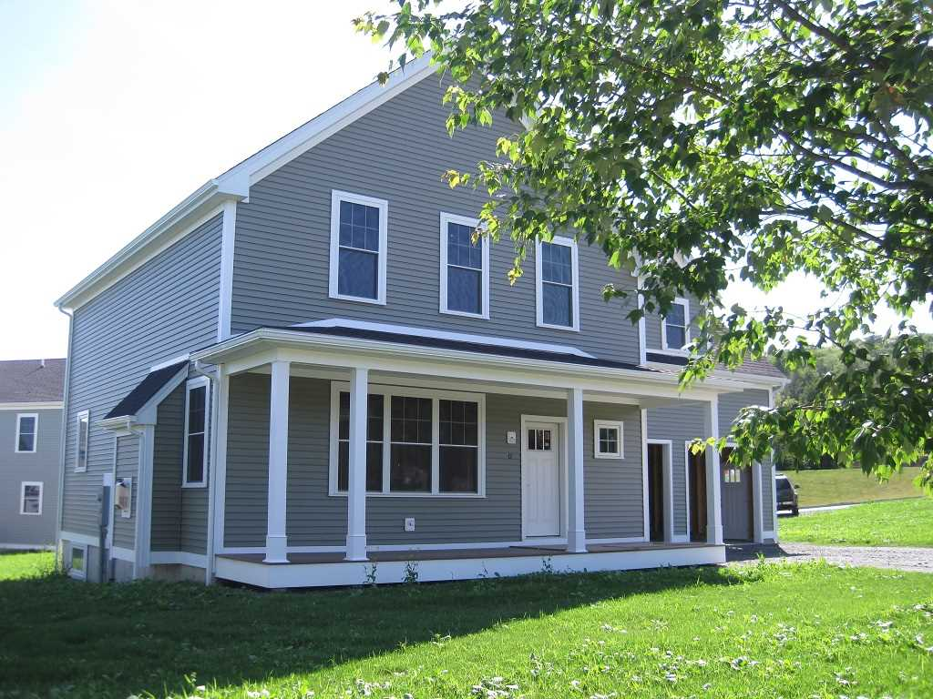 LEBANON NH Home for sale $$419,000 | $162 per sq.ft.