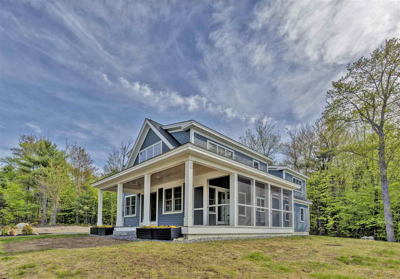 NEW LONDON NH Home for sale $$569,000 | $280 per sq.ft.
