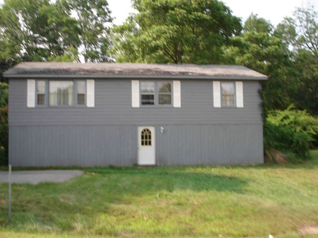 Windham NH Home for sale $List Price is $225,000