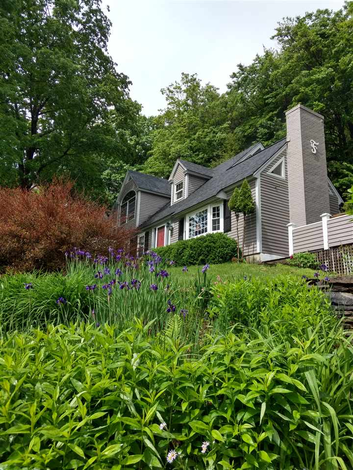 Village of Quechee in Town of Hartford VT Home for sale $List Price is $389,000