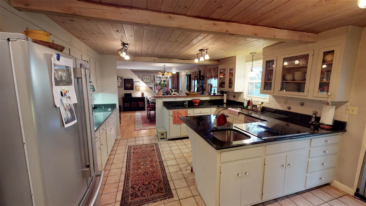 Open Concept Kitchen 12096282