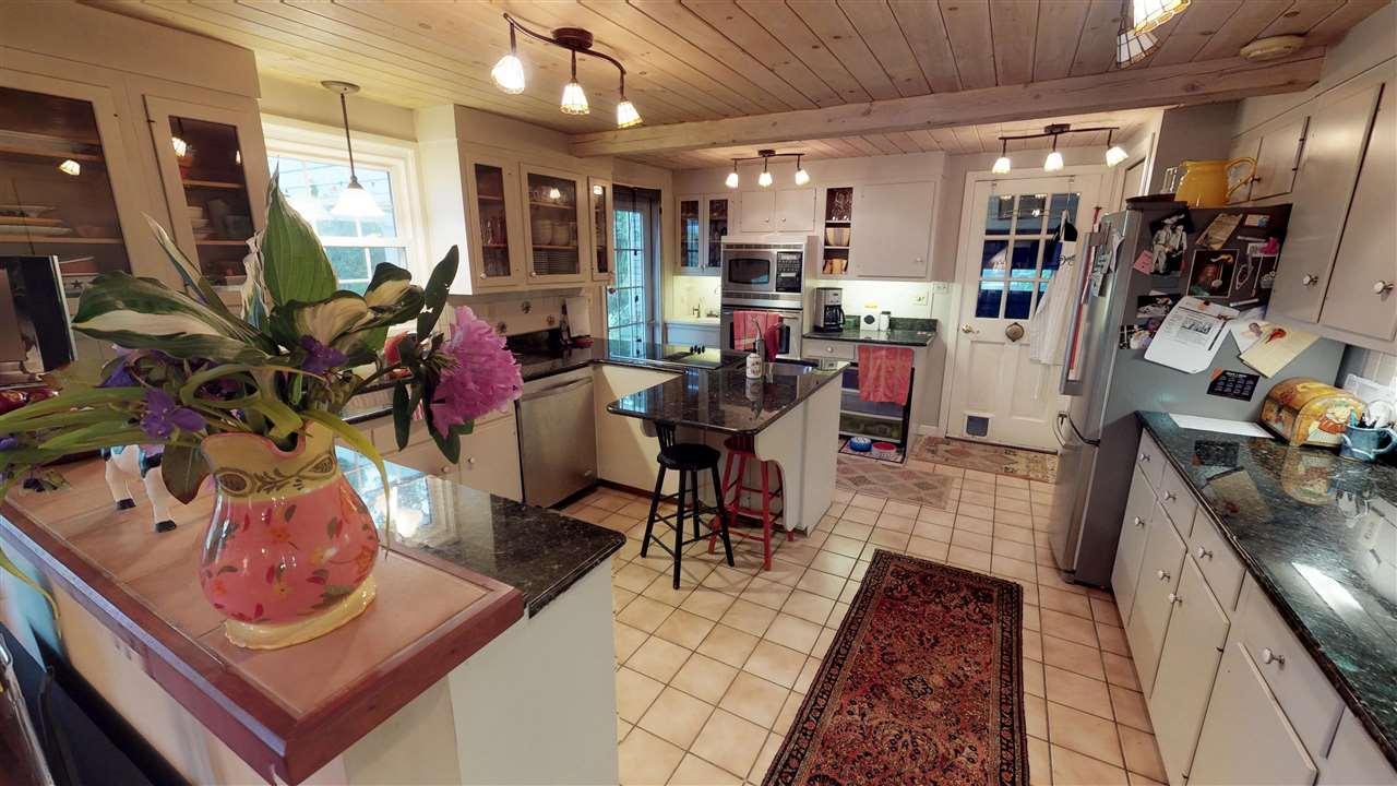 Open Concept Kitchen 12096283