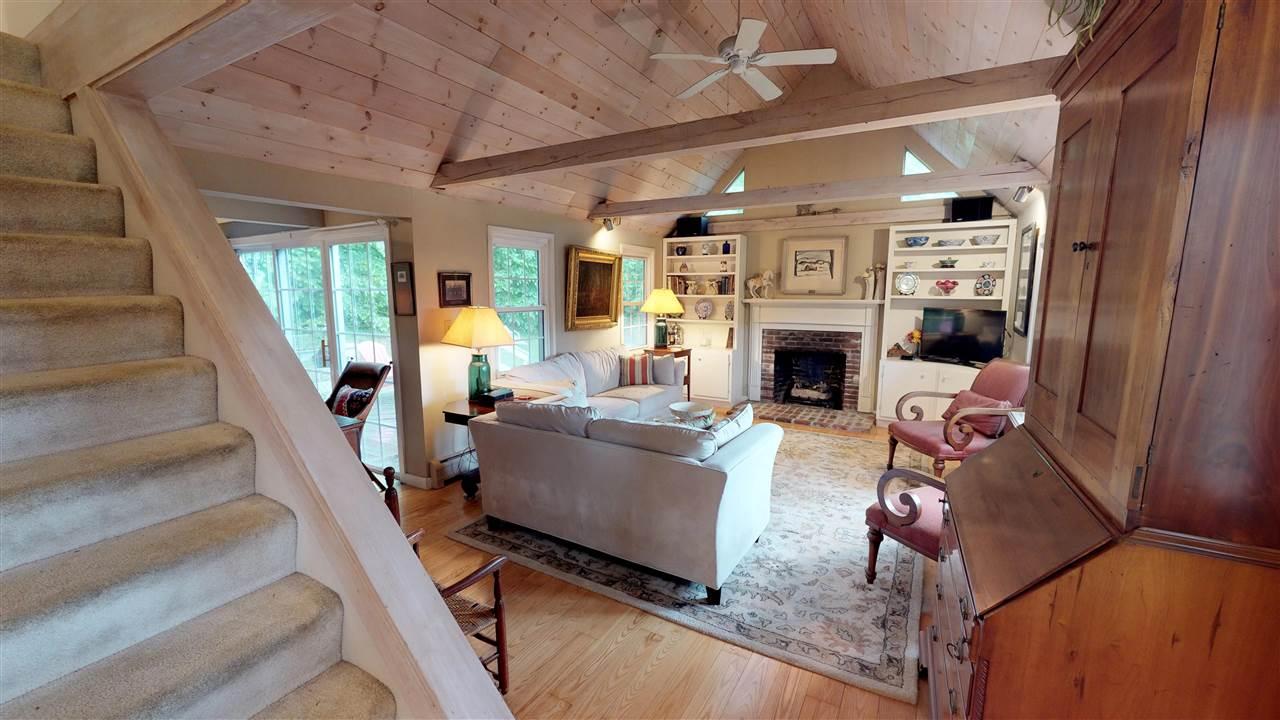 Living Room 12096286