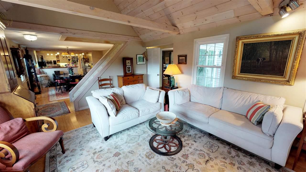 Living Room 12096287