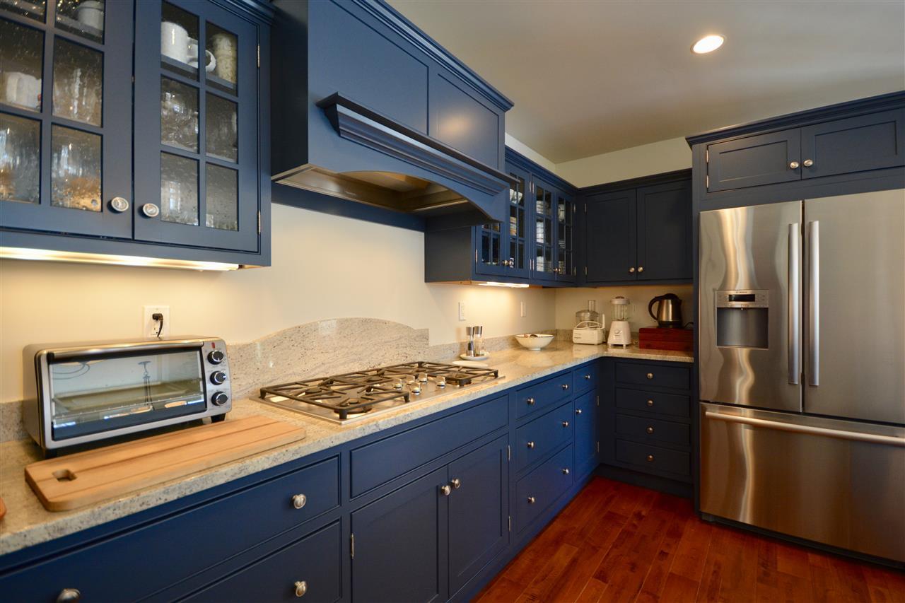 Gourmet Kitchen 11631692