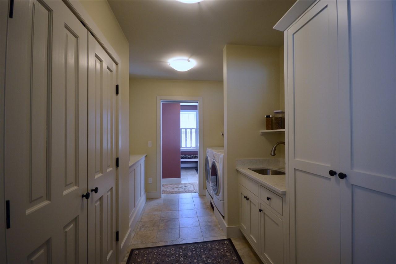 Laundry Room 11631715