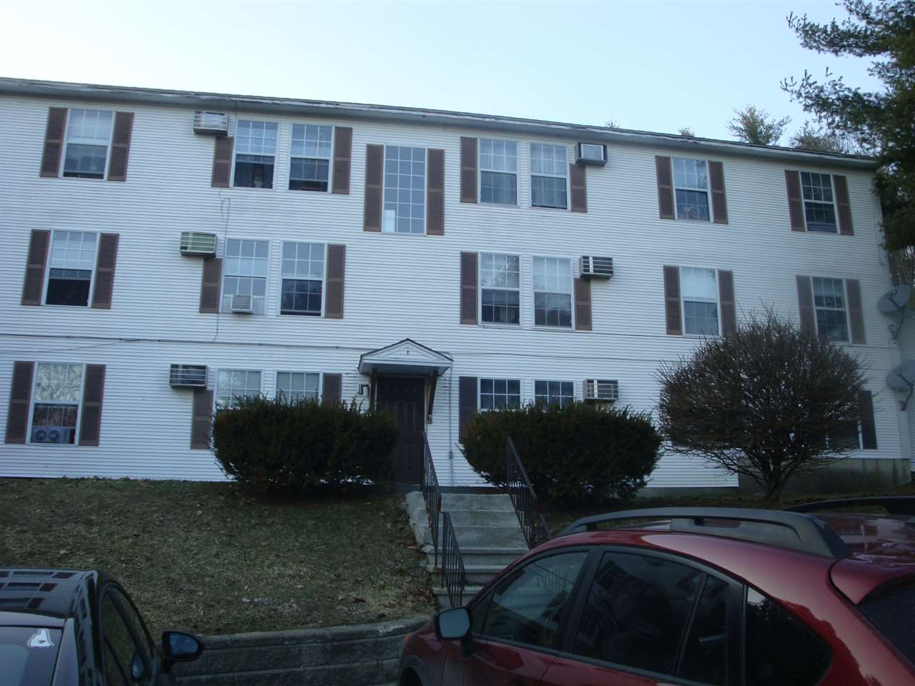 LEBANON NH Condo for sale $$115,000 | $180 per sq.ft.