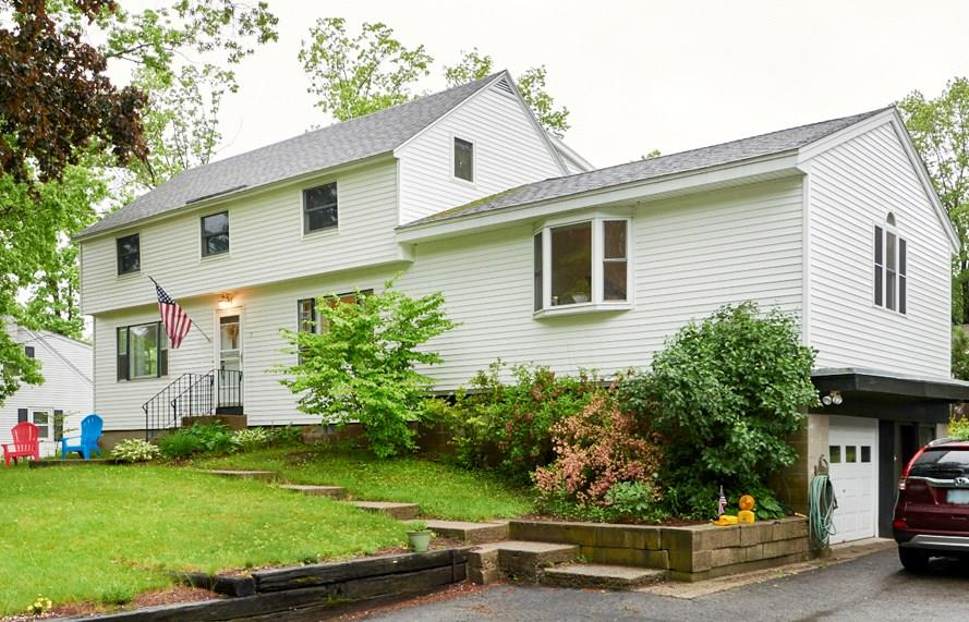 Plaistow NHHome for sale $List Price is $334,900