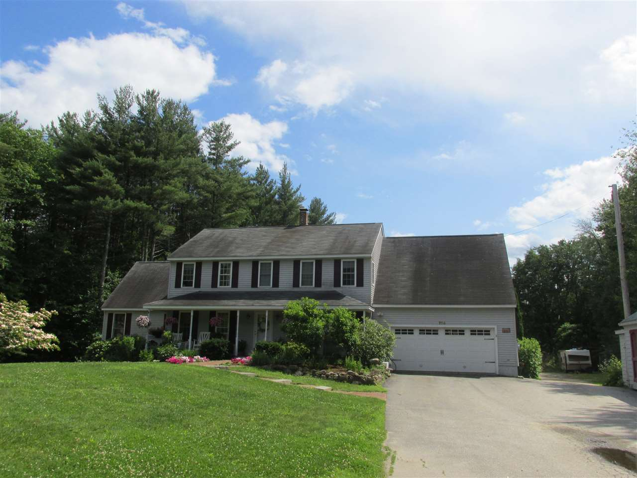 Candia NH Home for sale $List Price is $417,000