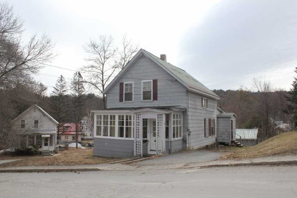 SPRINGFIELD VT Home for sale $$59,900 | $43 per sq.ft.