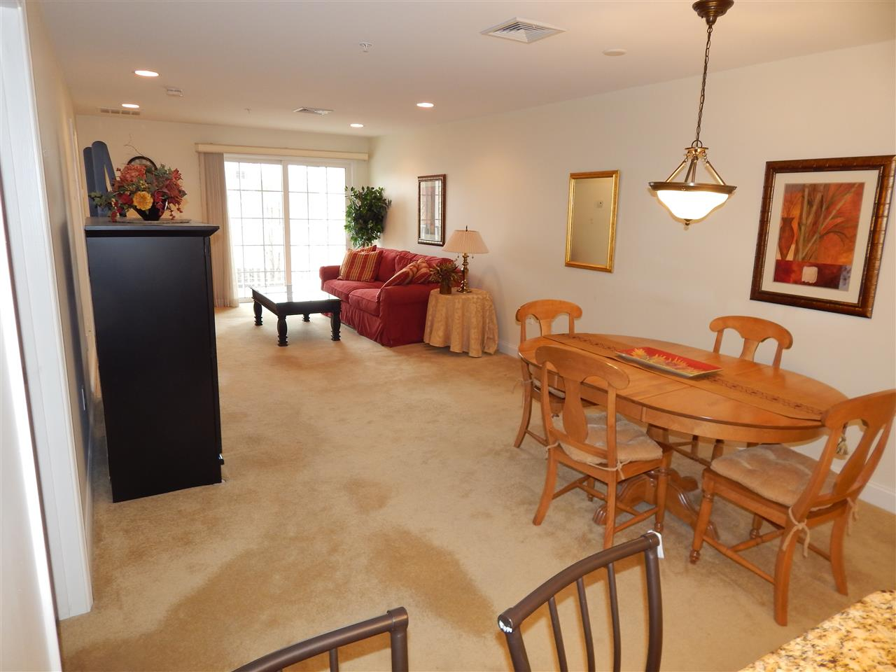 Salem NH Condo for sale $List Price is $189,900