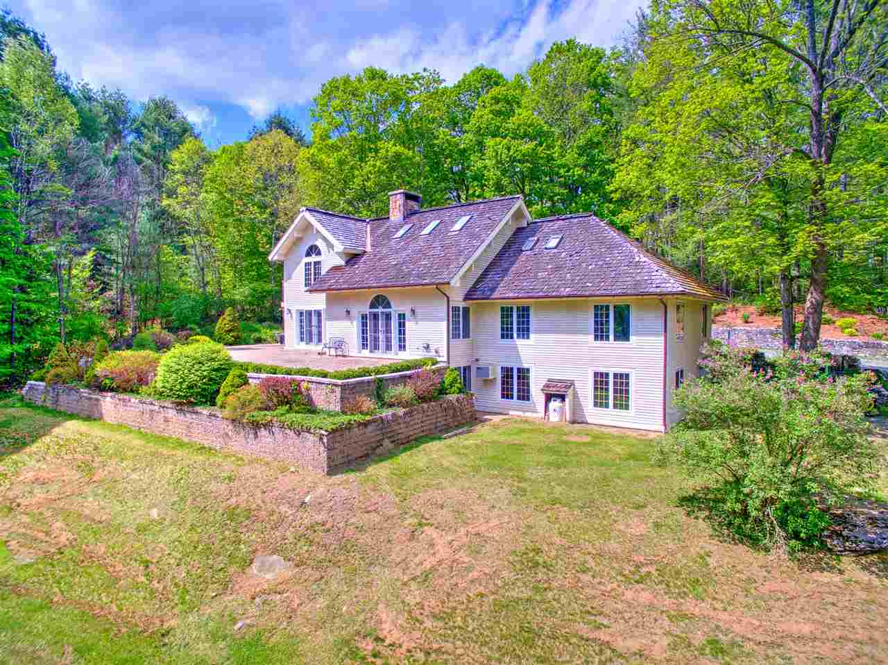 WOODSTOCK VT Home for sale $$1,300,000 | $275 per sq.ft.